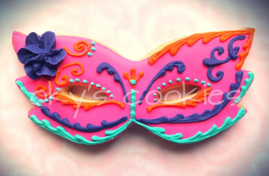 masquerade cookies 88